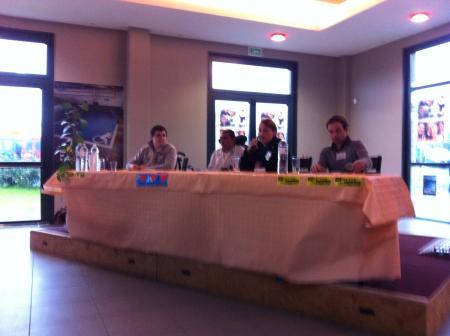 Tribune avec carole thon, Jérémy et Fabien